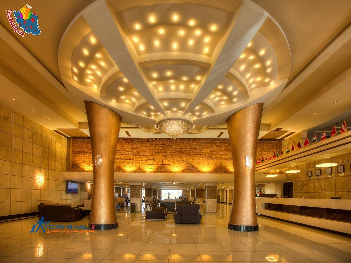 http://terminal.ir/wp-content/uploads/2015/06/moein-hotel-fuman-lobby.jpg