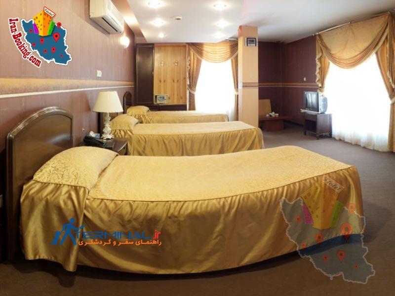 jamejam-hotel-shiraz-triple-room.jpg (800×600)