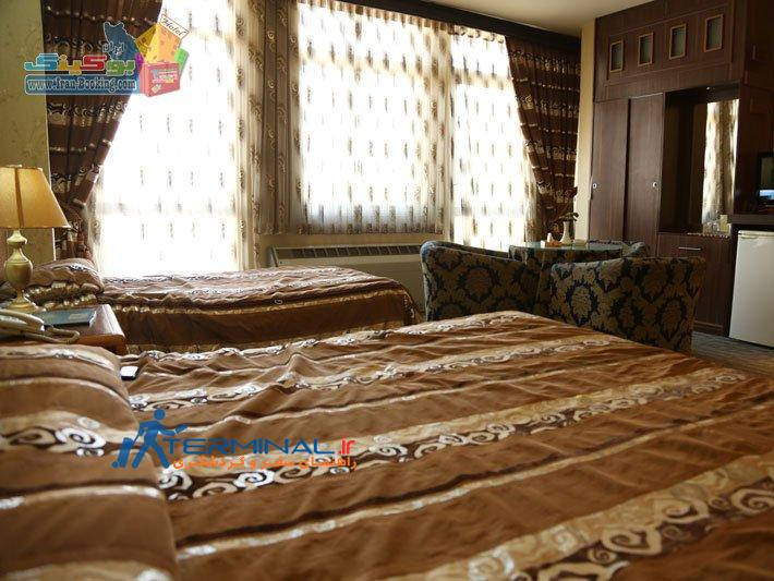 parsian-suite-isfahan-room.jpg (710×533)