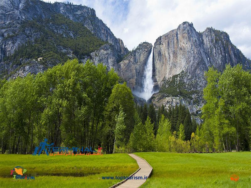 عکس آبشار یوسمیت در کالیفرنیا